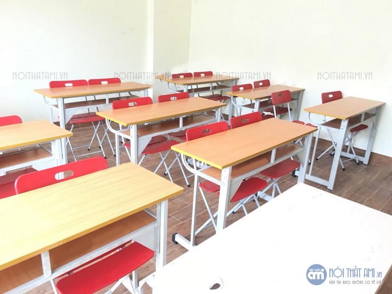 thanh lý bàn học sinh kèm ghế gấp ba lá