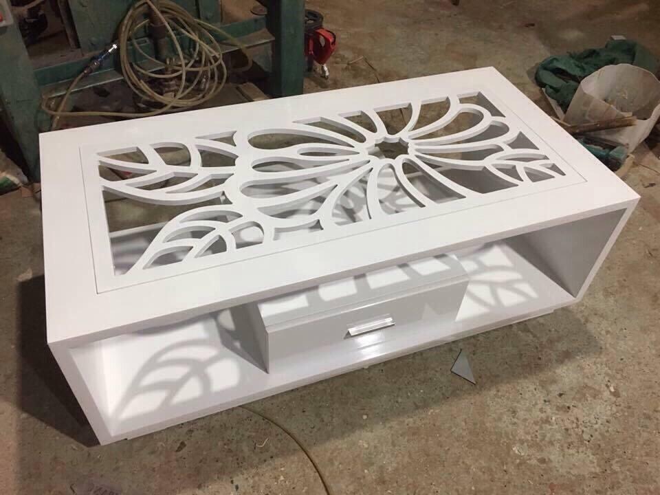 bàn kính sofa mặt hoa thanh lý